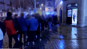 """Kraków w czerwonej strefie. Reporter """"Interwencji"""" na nielegalnej imprezie"""