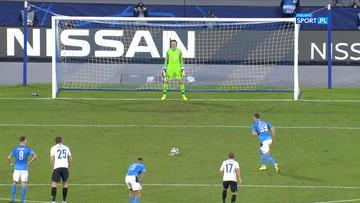 Napoli - Genk: Trzeci gol Milika z rzutu karnego