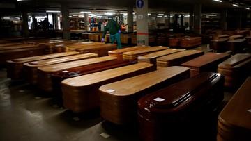 W Hiszpanii odnotowano już 10 935 zgonów z powodu koronawirusa
