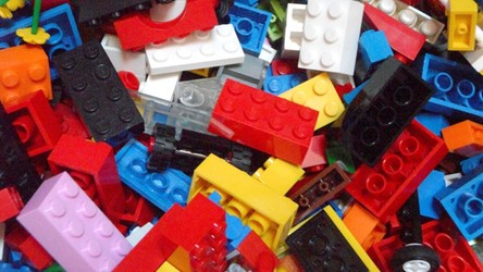 Rusztowanie inspirowane klockami LEGO przyniesie przełom w leczeniu złamań