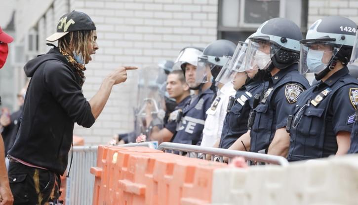 Ataki na policjantów w Nowym Jorku