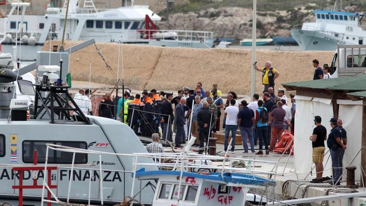 Ciała 13 kobiet znaleziono po katastrofie łodzi z migrantami