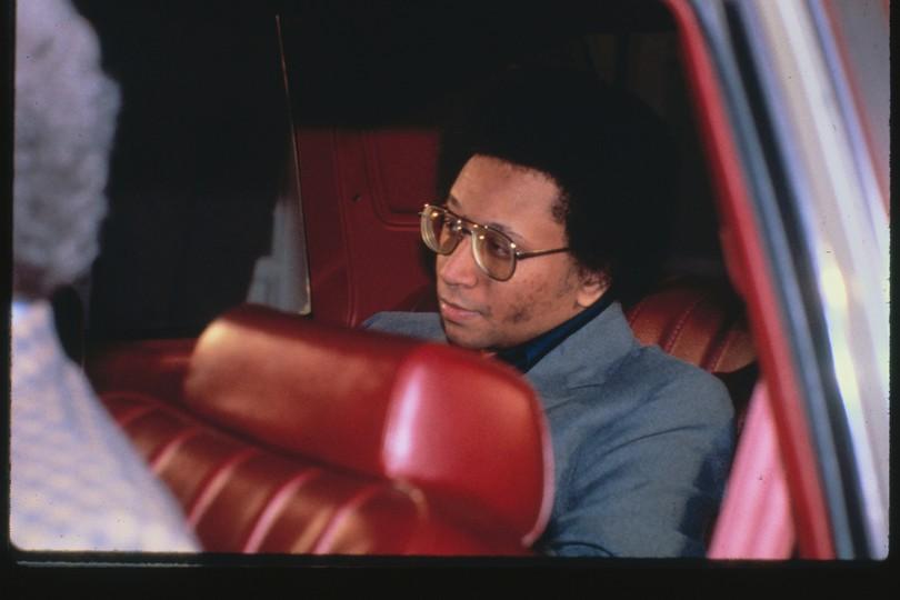 Wayne Williams w drodze do sądu