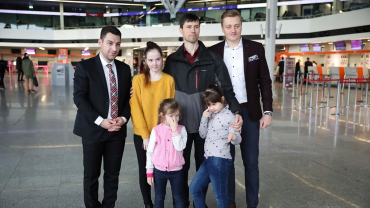 Uciekł z córkami ze Szwecji, teraz wraca do Rosji. Denis Lisow podziękował polskim władzom