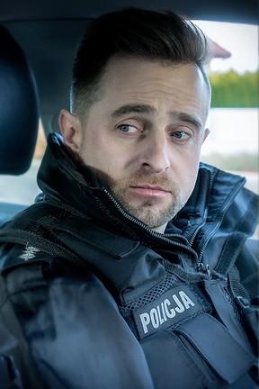 """""""Policjantki i Policjanci"""" - odcinek 649: Czy to romans?"""