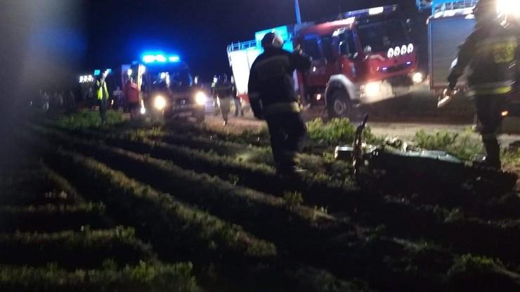 Tragiczny wypadek motorowerzystów. 15-latek nie żyje, drugi nastolatek w szpitalu