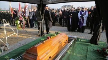 Pogrzeb Janusza Dzięcioła. Wczoraj skończyłby 66 lat