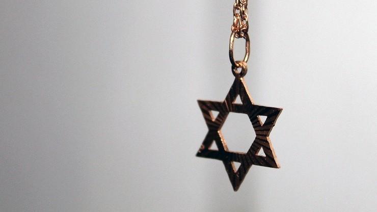 """""""Zabić Żydów"""". Brutalny atak na rabina w Wielkiej Brytanii"""