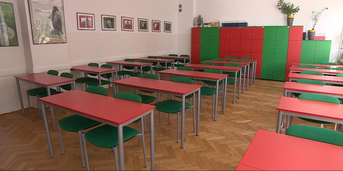 W Polsce każdy spór jest polityczny. Zaremba o powrocie dzieci do szkół