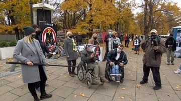 Niepełnosprawni i ich matki: rząd nie ma pojęcia o naszych problemach
