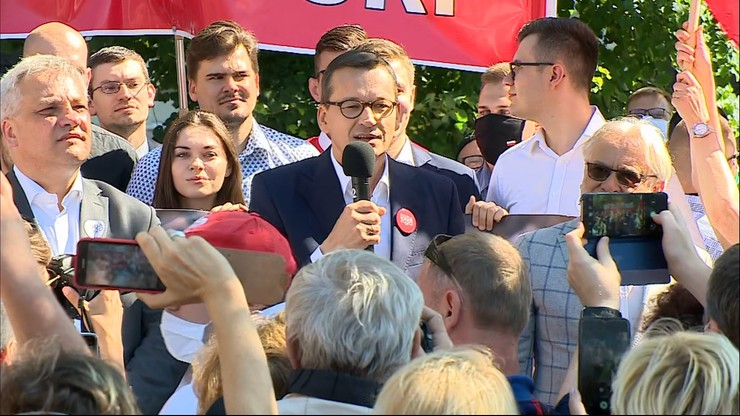 """""""Widać, co to za nieudacznik"""". Premier o Trzaskowskim"""