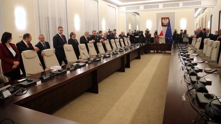 Rząd zebrał się na pierwszym posiedzeniu