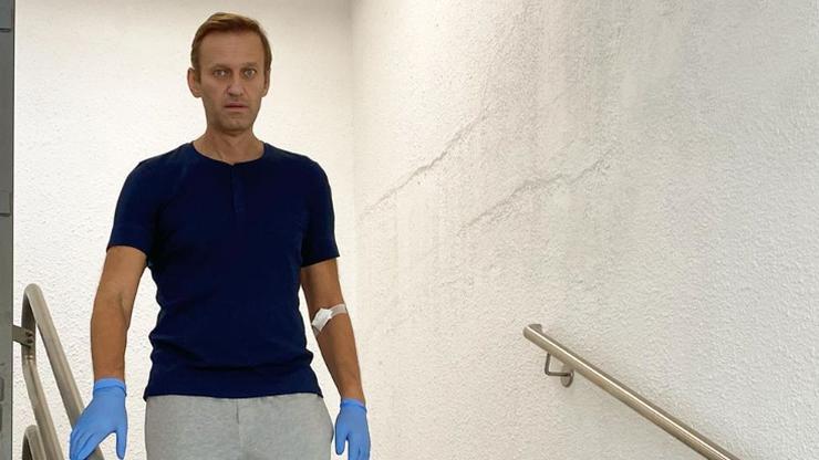 Aleksiej Nawalny wraca do zdrowia. Opozycjonista zaczął chodzić po schodach