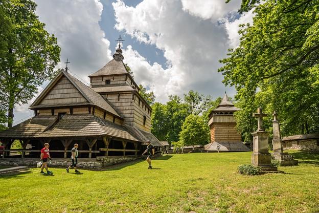 Radruż. Drewniana cerkiew greckokatolicka z XVI w.