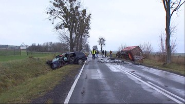 Na prostej drodze, jadąc audi, uderzył w ciężarówkę. Śmierć kierowcy koło Krasnegostawu