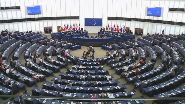 Parlament Europejski przyjął rezolucję krytykującą Polskę za projekt dot. edukacji seksualnej