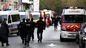 Atak nożownika w Paryżu. Ranni dziennikarze