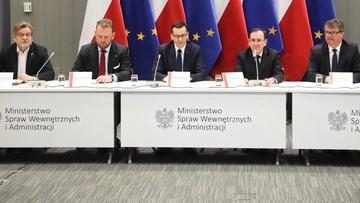 Służby mobilizują się przed koronawirusem. SMS-y do Polaków