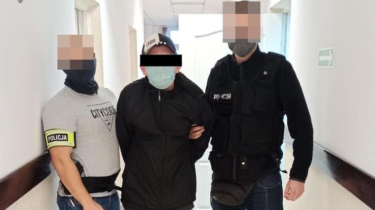 """Organizował """"zbiórkę na szpitale"""". Podszywał się pod ministra zdrowia i prezydenta Lublina"""