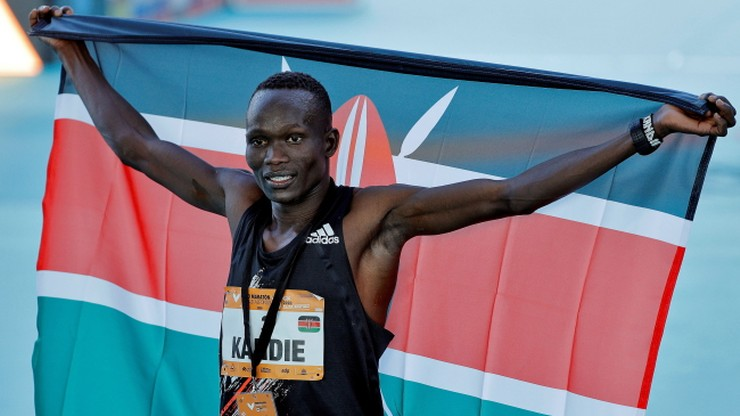 Kenijczyk pobił rekord świata w półmaratonie