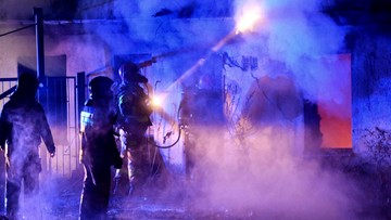 Pożar hali w Gliwicach. Akcja straży pożarnej