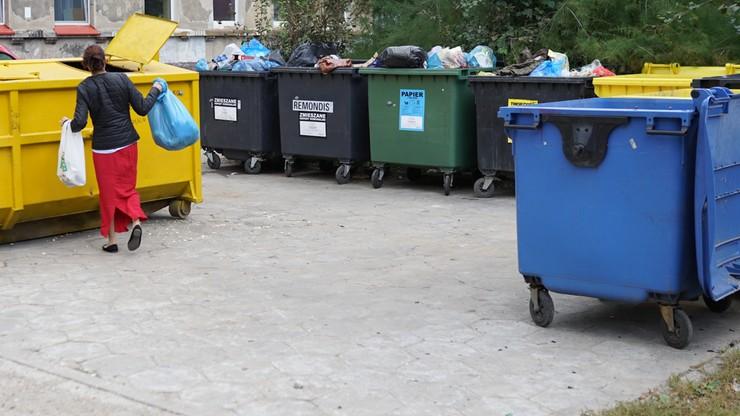 Warszawa: opłaty za gospodarowanie odpadami uzależnione od zużycia wody