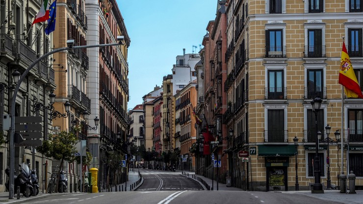 Koronawirus w Hiszpanii. W ciągu doby zmarło 637 osób