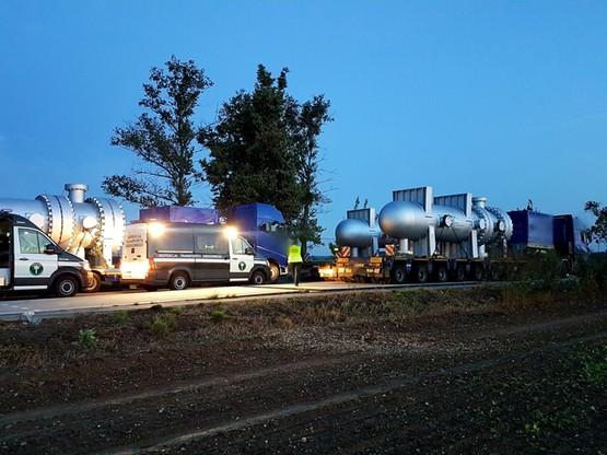 Konwój przekroczyły w nocy w Głuchołazach granicę Polską