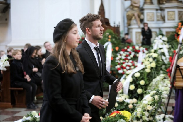 Najbliższa rodzina żegna Pawła Królikowskiego