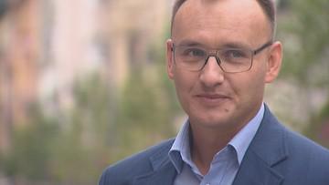 """""""Rzecznik ideologizujący dzieci"""". Koalicja Obywatelska chce odwołania Pawlaka"""