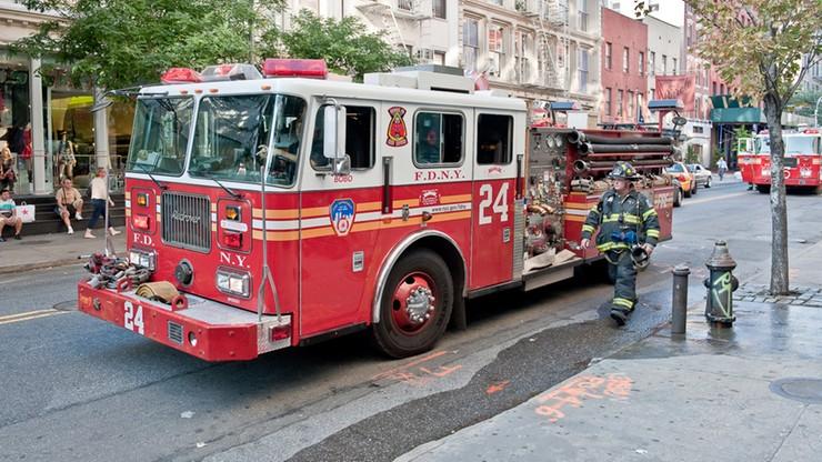 """Strażacy gasili pożar. Spadł na nich... deszcz pieniędzy. """"To była tona gotówki"""""""