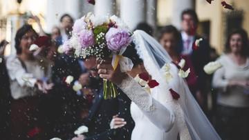 Nowe zasady na weselach. Wśród nich zakaz uczestnictwa seniorów