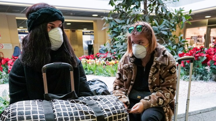 Dzieci, które były w Alpach nie mogą przyjść do szkoły. Czy przywieźliśmy do Polski koronawirusa?