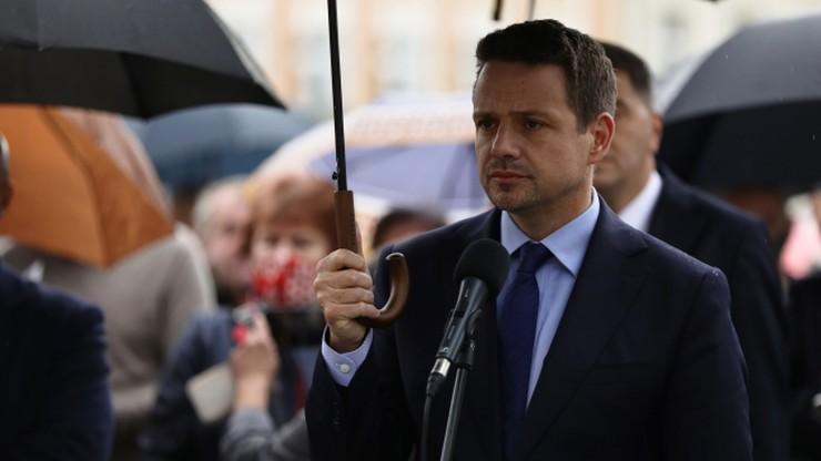 Zarzuty dla mężczyzny, który groził śmiercią Rafałowi Trzaskowskiemu