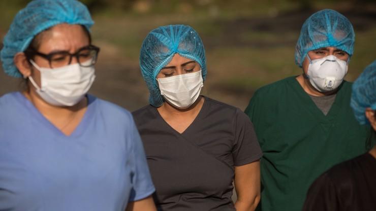 """""""Nie są pomocą lekarza, niższym szczeblem"""". Międzynarodowy Dzień Pielęgniarek"""