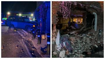 """""""Niesamowity pech"""". Tuż przed otwarciem pubów, ich lokal zniszczył pijany kierowca"""