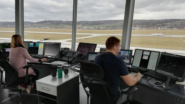 Kontrolerzy lotów nie będą mogli strajkować?