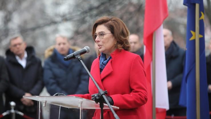 Kidawa-Błońska apeluje, by prezydent odrzucił ustawę o środkach dla TVP
