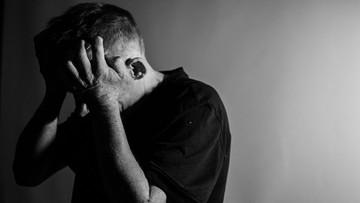 Z depresją zmaga się już ponad 260 mln ludzi. Ryzyko zachorowania może zmniejszyć... spacer