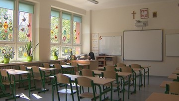 Szkoły nie chcą odpowiadać za COVID u nauczycieli 60 plus