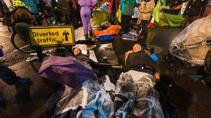 Londyn: Blisko trzysta osób aresztowanych w czasie protestu przeciwko zmianom klimatu