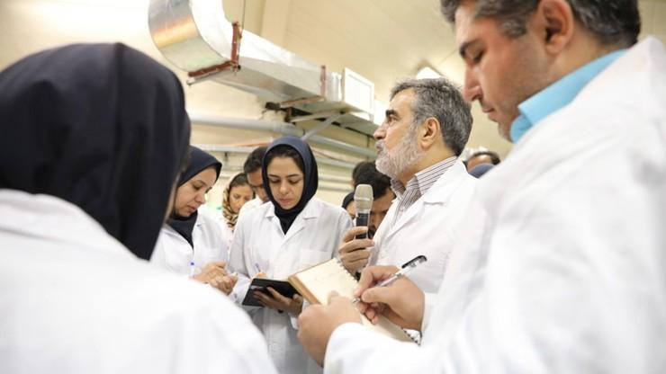 Iran ostrzega, że może produkować dowolny uran. Także ten do bomby atomowej