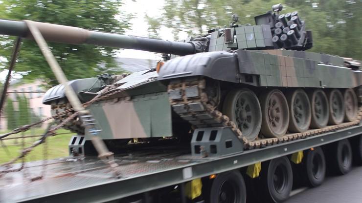 Czołgi z Braniewa zbliżają się do Warszawy. Błaszczak o środkach ostrożności