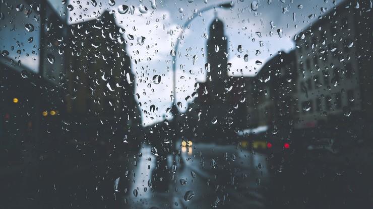 Pogoda na niedzielę, 16 sierpnia. Bez upału, ale z gwałtownymi burzami