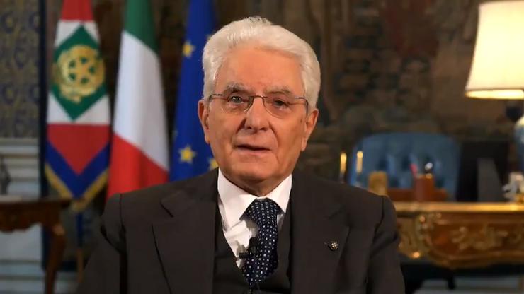 """""""Ja też nie chodzę do fryzjera"""". Nagranie z prezydentem Włoch podbija internet"""