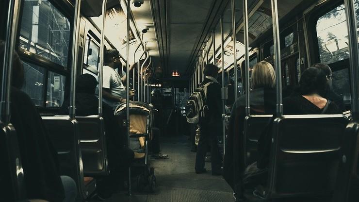 Hiszpanie będą chronić kobiety w nocnych autobusach