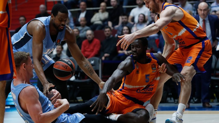 Euroliga koszykarzy: Zenit przegrał z Valencia Basket