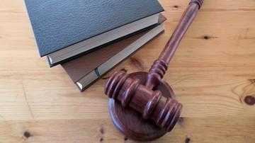 Emerytowany sędzia trafił do izby wytrzeźwień. Wszczęto postępowanie