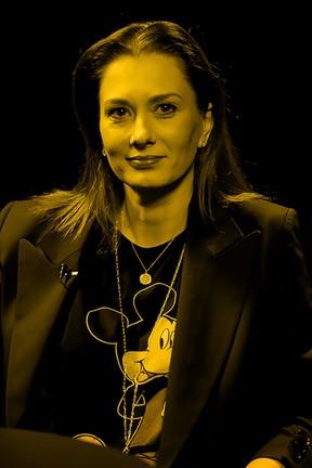 """2020-03-04 """"Krzywy kadr"""": Anita Sokołowska o teatrze - Polsatcafe.pl"""
