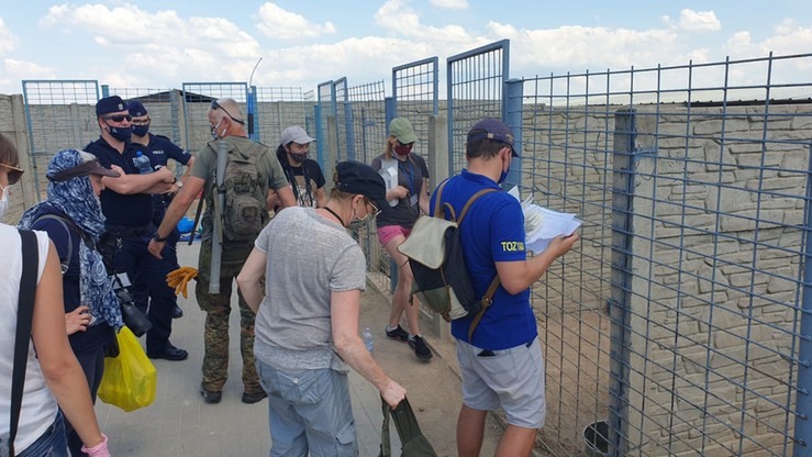 Pracownicy schroniska przestali karmić psy. Dramatyczny apel o pomoc w Radysach